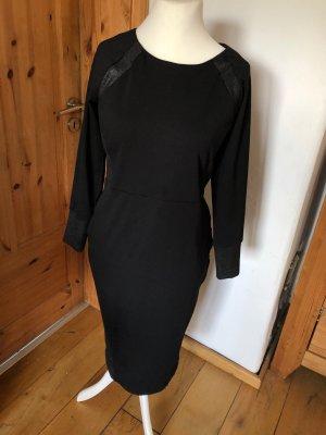 Elegantes Kleid mit Details