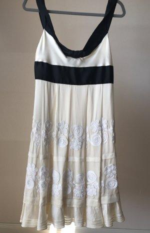 Elegantes Kleid schwarz weiß komplett aus Seide