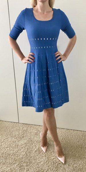 Elegantes Kleid von Adolfo Dominguez