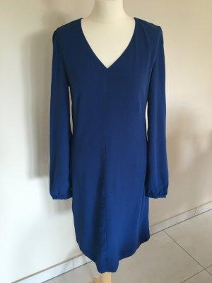 Elegantes Kleid von Kiomi