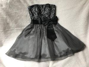 Elegantes Kleid von Laona | Größe 36