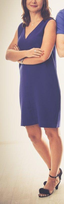 Elegantes kobaltblaues Kleid mit Cut-out von Mango, Gr. 36