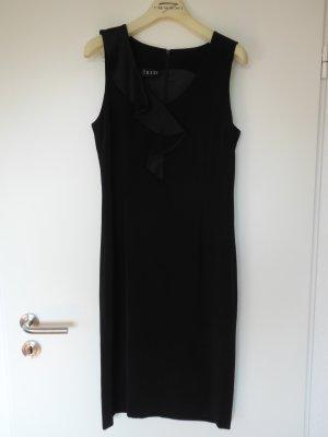Elegantes, körperbetontes Kleid in Schwarz mit Wasserfall