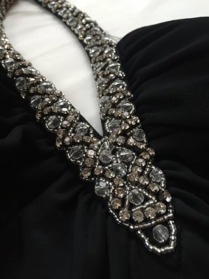 Elegantes Neckholder Kleid