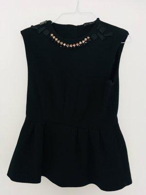 Elegantes Oberteil - passend zu Jeans und klassischer Hose, schwarz verziert mit dezenten Strasssteinen. Größe M, Zara
