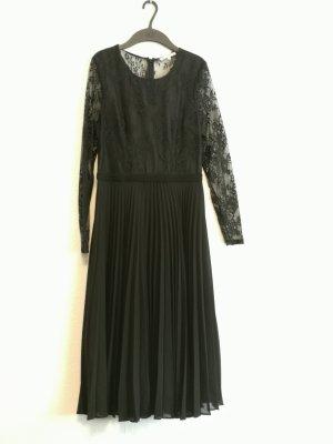 elegantes plissiertes Kleid