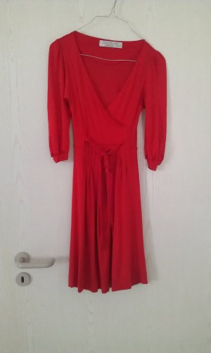 elegantes rotes Kleid von Zara