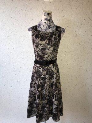 Elegantes s.Oliver Selection Kleid mit Gürtel; Größe 34