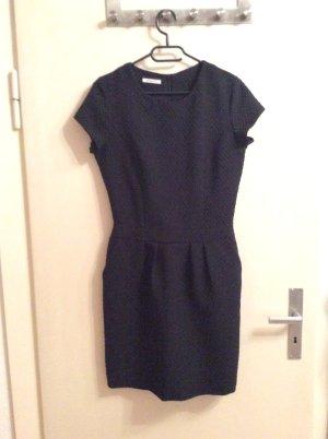 Elegantes schwarzes Kleid von Promod