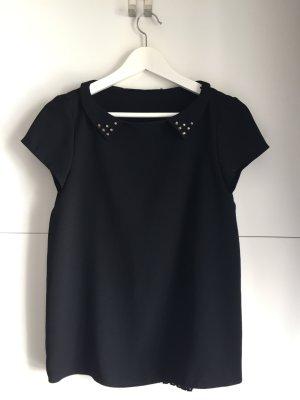 Elegantes schwarzes T-Shirt mit Kragen