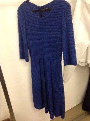 Elegantes Strenesse Kleid Blau