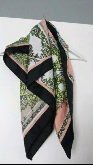 Elegantes Tuch von H&M