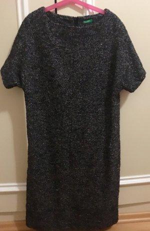 Elegantes Tweed- Kleid