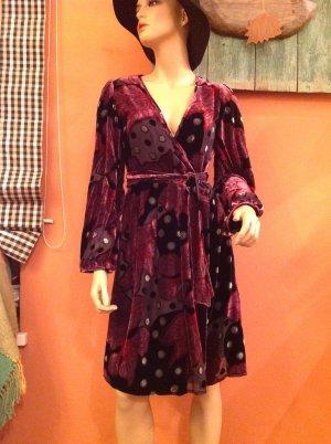 Elegantes Wickelkleid im Vintage-Style
