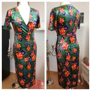 Elegantes Zara Samtkleid Blumen M 36/38 Blogger Kleid geblümt