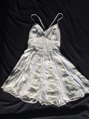 Elfenhaftes Kleid mit Spitze von Abercrombie & Fitch, ecru