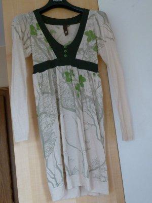 Elfenhaftes Kleid von Element