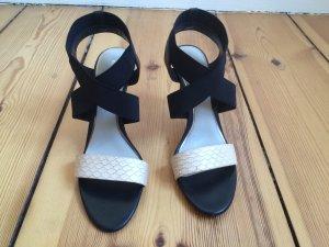 ELIE TAHARI High-Heel-Sandalette mit Riemchen in Reptil-Optik