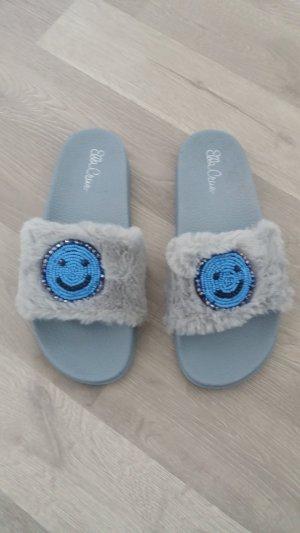 Zapatillas para casa gris-azul aciano