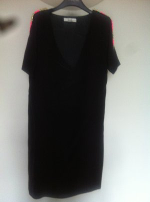 Ella Luna Seiden-Kleid mit Nieten am Arm