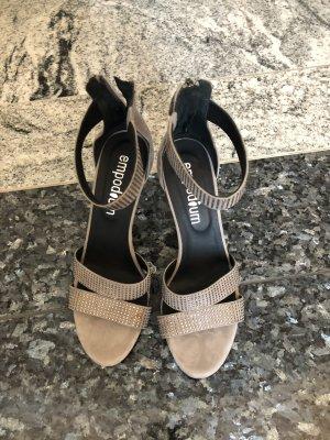 Empodium Strapped High-Heeled Sandals grey