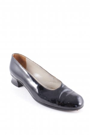 Emporio Armani Loafers zwart leren uitstraling