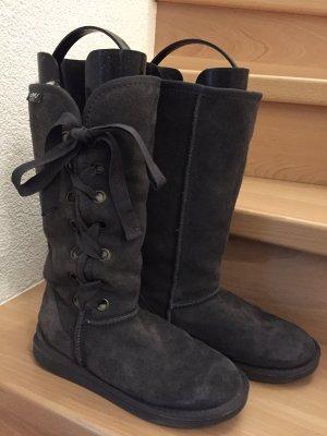 EMU Boots Grau mit Schnürung