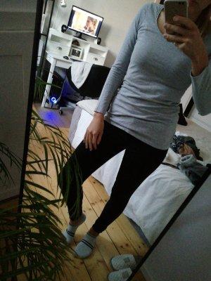 Eng anliegendes Sweatshirt