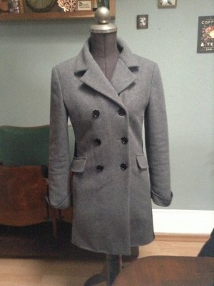 Enganliegender Mantel grau von Miu Miu by Prada
