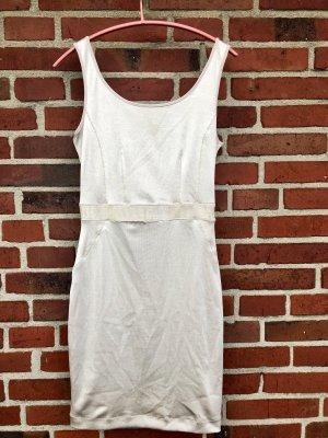 Enganliegendes Kleid, Größe S