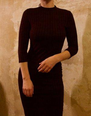 enganliegendes, langärmeliges vintage Kleid