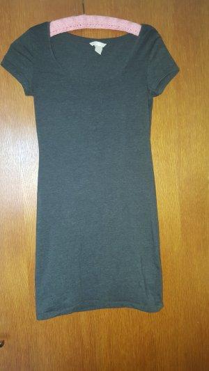 Enganliegendes Tshirtkleid