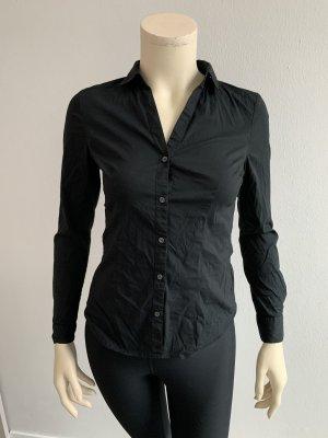 Enge Bluse, schwarz