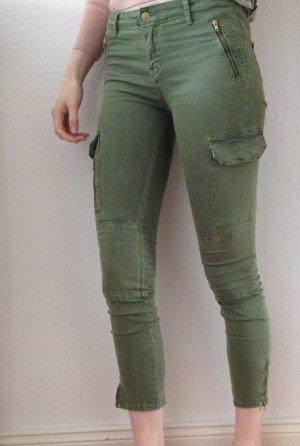 enge Cargo-Hose stretchig Khaki-Hose mit Reißverschlüssen von Zara