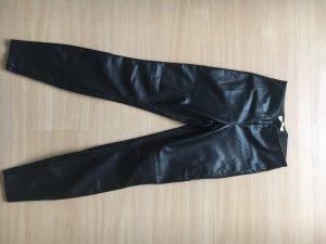 Enge Hose aus Leder Optik ! Kein echtes Leder
