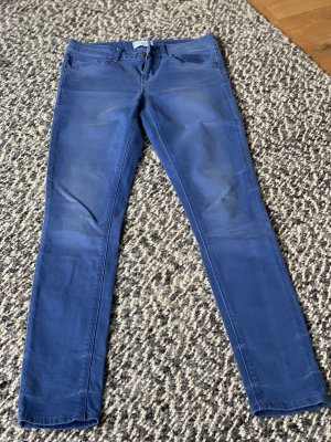 Enge Hüftjeans von Zara in Kobaltblau