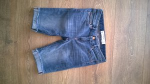 Enge Jeans-Bermudas von H&M