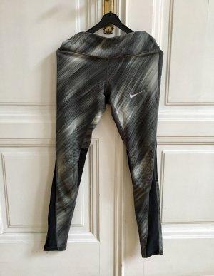 Enge Sporthose | Tights Leggins von Nike Dri-Fit mit Netzeinsätzen
