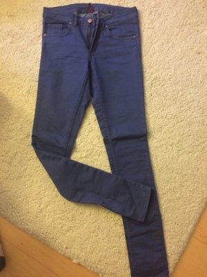 Enge stretchige Skinny High Waist Jeans