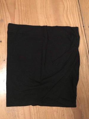 Enger schwarzer Wickelrock Pull&Bear S