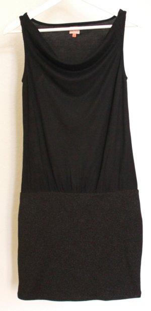 Enges Kleid mit Rock-Top Optik in schwarz und dezentem Glitzer