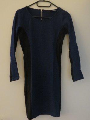 Enges Kleid von H&M in Dunkelblau
