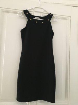 Enges Kleid von Pull&Bear