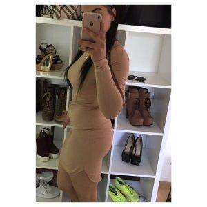 Enges langärmeliges Kleid, H&M