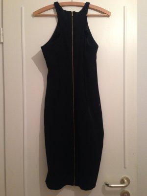 Enges schwarzes Schlauchkleid von Zara