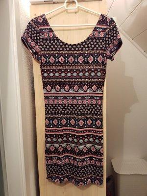 Enges Sommerkleid