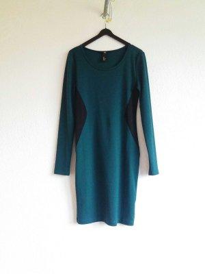 enggeschnittenes Langarm Kleid von h&m