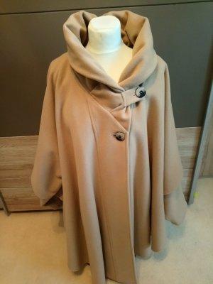 Erich Fend Robe manteau beige clair