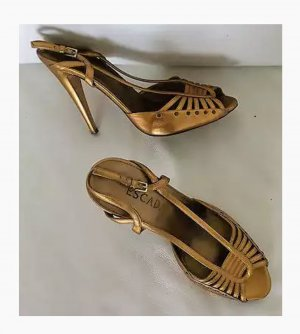 Escada goldene Leder High Heels