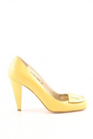 Escada High Heels blassgelb Business-Look